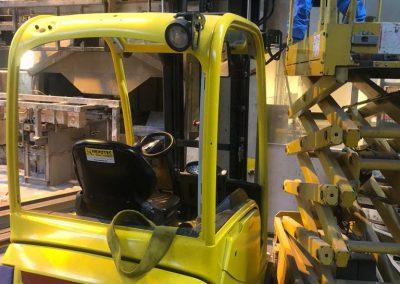Machine ontmanteling bij Cirex Almelo door Sloopbedrijf Pongers