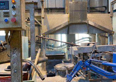 Machine ontmanteling bij Cirex Almelo door Sloopbedrijf Pongers Rijssen